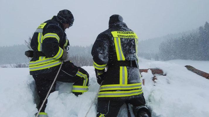 Feuerwehr Ermengerst - Dachabschaufeln Ermengerst,