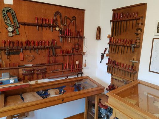 Geigenbauwerkstatt von Karl Montag im Richard-Brandt-Heimatmusem Wedemark