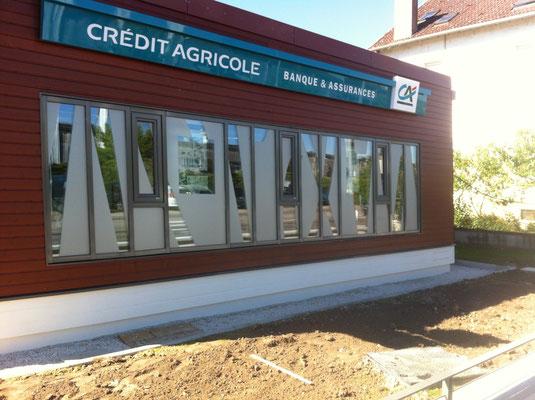Adhésif dépoli argent sur vitres de bureaux