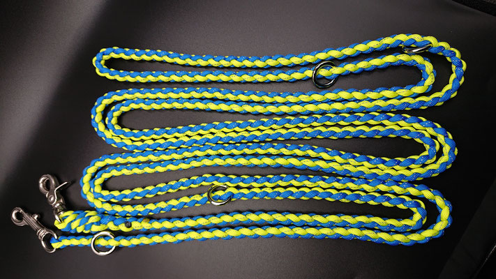 FさんちのRくんのリード リフレクタブルのブルー×イエロー ちょっと長め 使用する長さを変えられる丸カン3つ