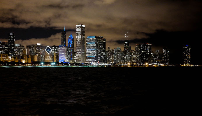 Different view at Chicago's skyline from the Adler Planetarium