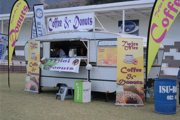 Heaven! The mini doughnut booth.