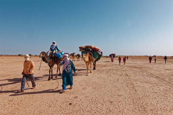 escapade à pied dans le désert maroc