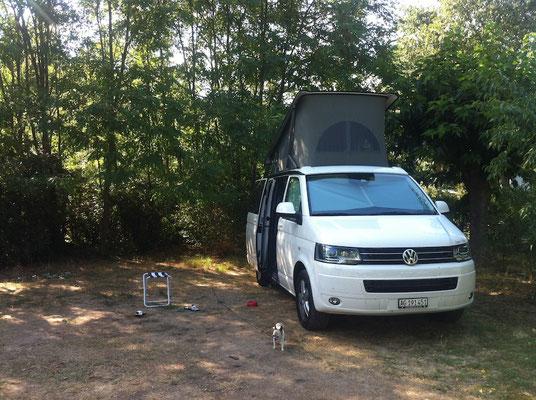 Camping Nähe Nimes