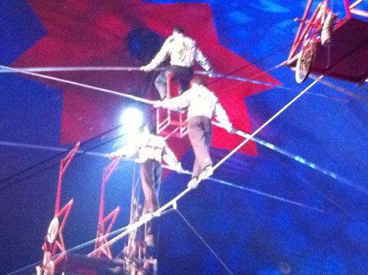 Die wahre Kunst, auf dem hohen Seil, wir konnten kaum mehr atmen