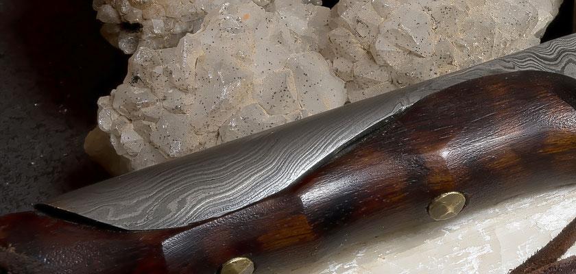Messergriff aus Damast