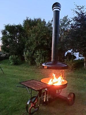 Der Grill der Telchinen-Schmiede als Feuerstelle