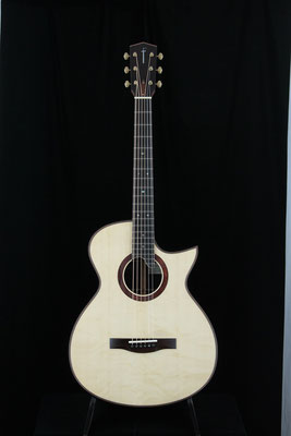 Model  OM-SC  12th  ハカランダ