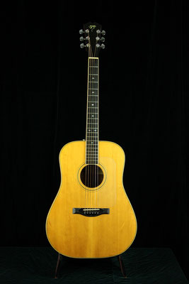 Santa Cruz  Model: D in Koa 1978  Excellent Condition