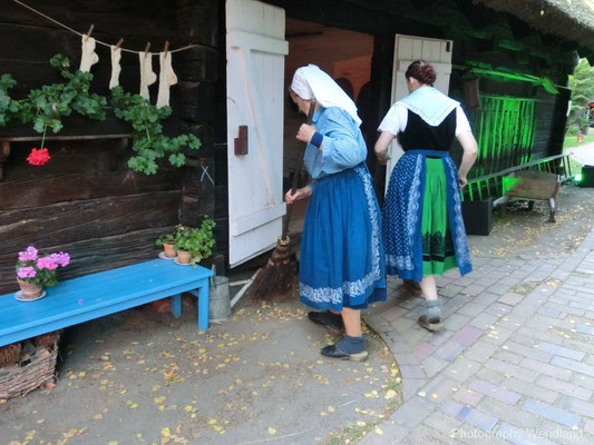 Arbeitstrachten im Freilandmuseum Lehde im Spreewald