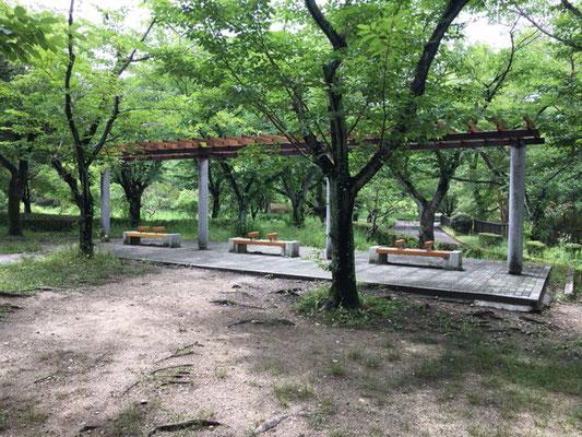 平和公園_虹の塔_003