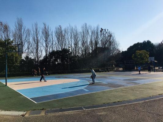 半田運動公園_バスケットコート_002