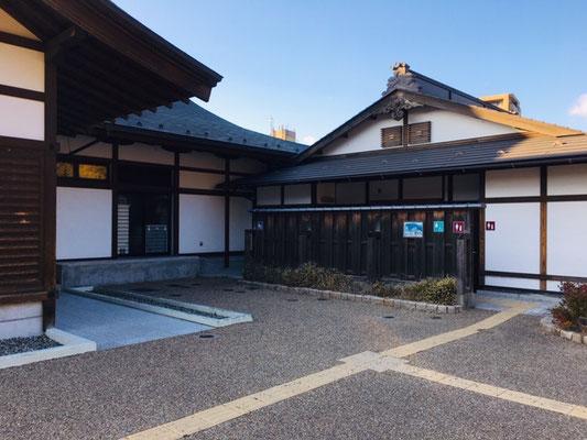 岐阜公園_トイレ・授乳室・駐車場_001