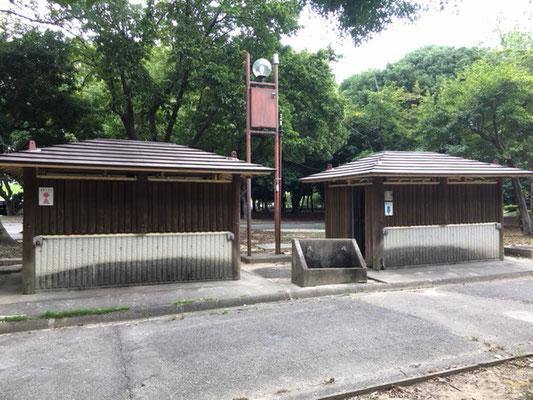 庄内緑地公園_遊具広場前のトイレ