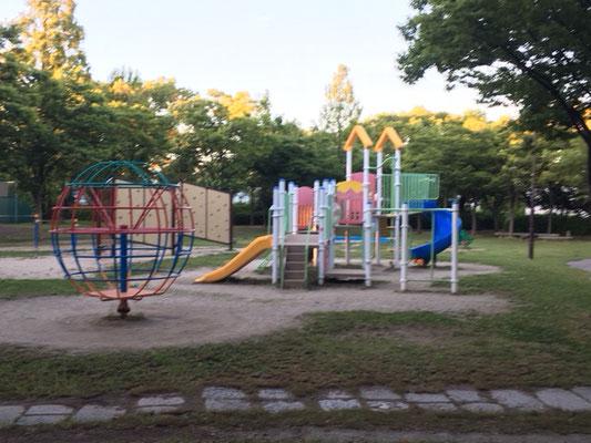 楠公園_遊具(南)_003