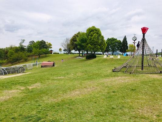 犬山ひばりヶ丘公園_ピクニック・芝生広場_002