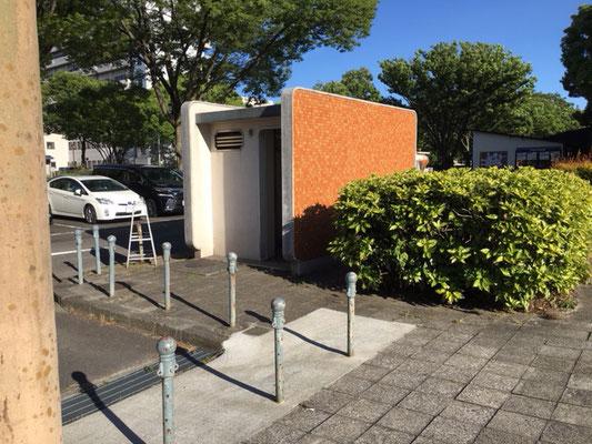 名城公園_名古屋城駐車場トイレ