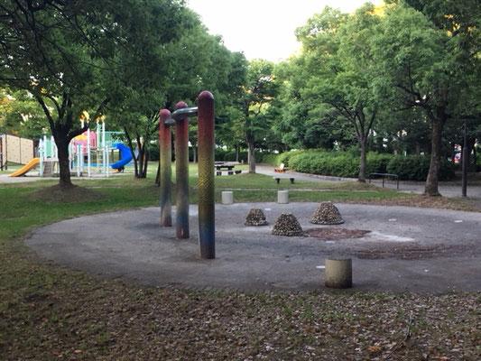 楠公園_遊具(南)_004