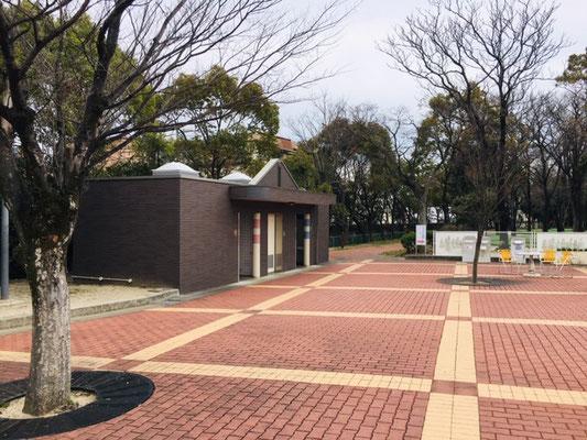 碧南明石公園_トイレ・授乳室・駐車場_001
