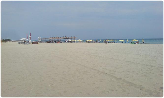 Paralia Pieria sandy beach