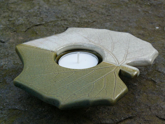 Teelicht kupfergrün-weiß 16cm breit