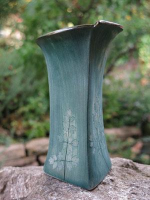 Vase grün 17cm hoch