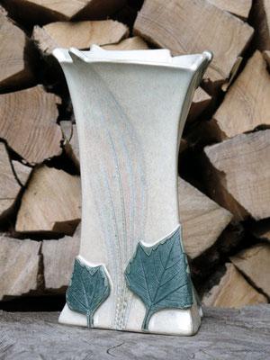 Vase vanilleweiß 21cm hoch