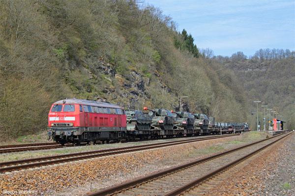 218 002 mit M 62675 Einsiedlerhof - Baumholder (Sdl. Militär mit Bza), Heimbach(Nahe) 11.04.2016