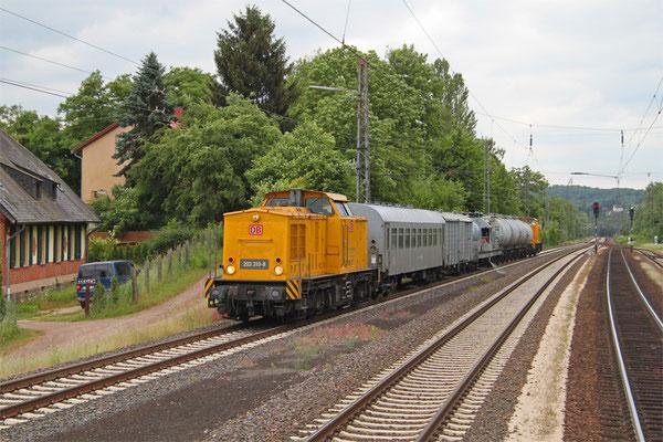 DB NETZE 203 310 und 203 316 mit DbZ 91548 Saarbrücken Hbf - Homburg(Saar) Hbf (Sdl.Spritzzug Firma Lauff), Dudweiler 09.06.2015
