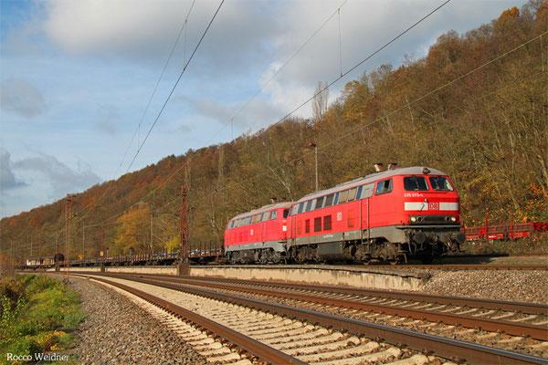 DT 225 073 + 225 805 mit EK 55975 Völklingen Walzwerk - Saarbrücken Rbf Nord, 12.11.2015