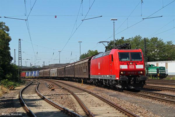 185 032 mit XP 98805 Forbach/F - Mannheim Rbf Gr.M (Sdl. ex 49213), Neunkirchen(Saar) Hbf 03.08.2015