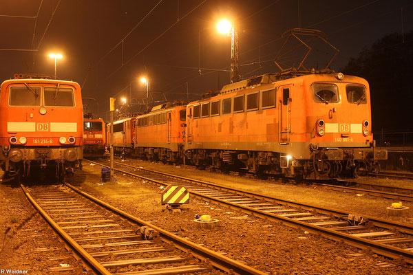 """140 861 und 140 805 im """"Warmhaltebetrieb"""" am 25.01.14 in Saarbrücken"""
