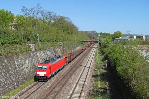 186 334 mit EZ 50934 Saarbrücken Rbf West - Luisenthal(Saar) (Sdl.Schadwagen), Saarbrücken 24.04.2015