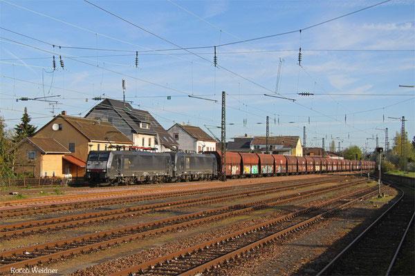 DT 189 451 + 193 862 mit DGS 91210 Moers Gbf - Göttelborn,  Ensdorf(Saar) 21.04.2015