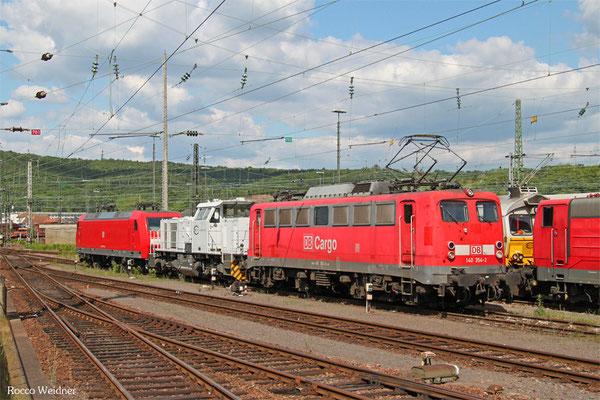 140 354 und 145 011 mit ECR 001 002 (Rev.LSX 13.05.15) als T 65444 Stendal Gbf - Saarbrücken Rbf Nord (Sdl.)