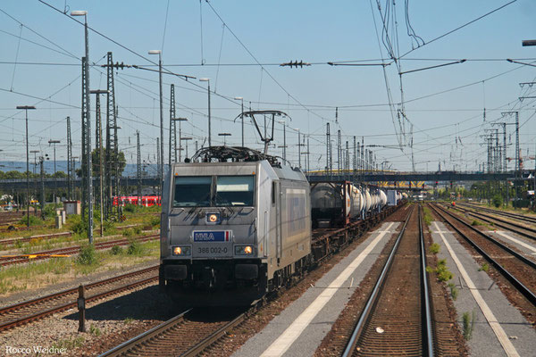 METRANS 386 002 mit DGS 41160 Dunajska Streda/SK - Ludwigshafen BASF Ubf, Mannheim Hbf 03.08.2015