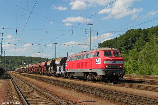 STGBS 225 133 mit Schotterzug 05.06.2015 in Saarbrücken Rbf