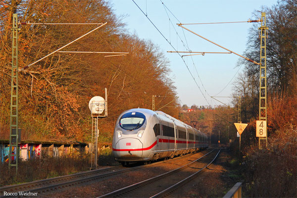 407 013 als ICE 9554 Frankfurt/Main Hbf - Paris Est, Saarbrücken 08.12.2015