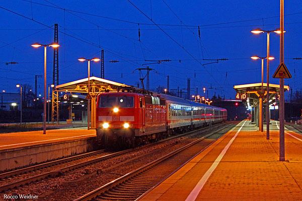 181 211 mit IC 2258 Frankfurt/Main Hbf - Saarbrücken Hbf, Homburg(Saar) 11.12.2015