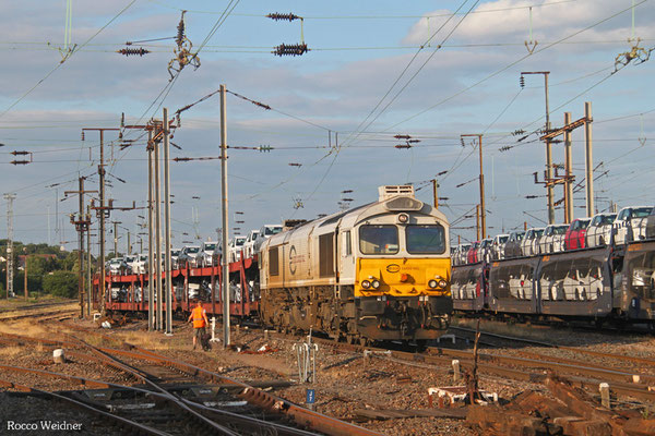 ECR 77 004 mit 49268 Einsiedlerhof - Villers-Cotterets (VW), Forbach Triage/F 15.07.2015