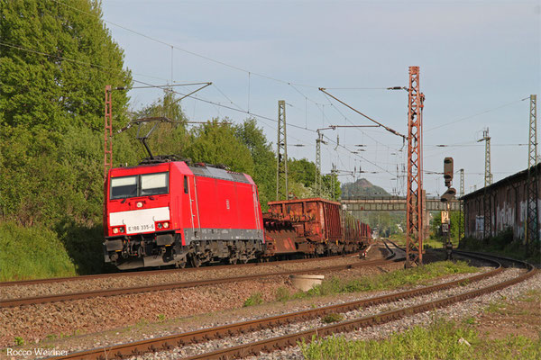 186 335 mit EK 55922 Saarbrücken Rbf West - Dillingen Hochofen Hütte, Bous 11.05.2015