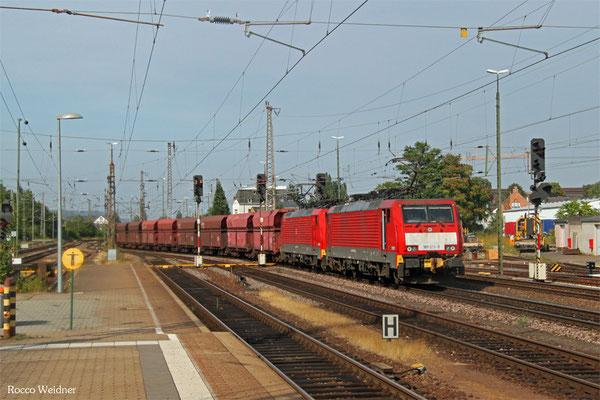 DT 189 035 + 189 040 mit GM 48711 Maasvlakte Oost - Dillingen Hochofen Hütte, Trier Hbf 12.08.2015