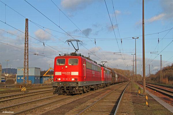DT 151 101 + 151 160 mit GM 48776 Dillingen Zentralkokrei - Oberhausen West Orm, 04.01.15
