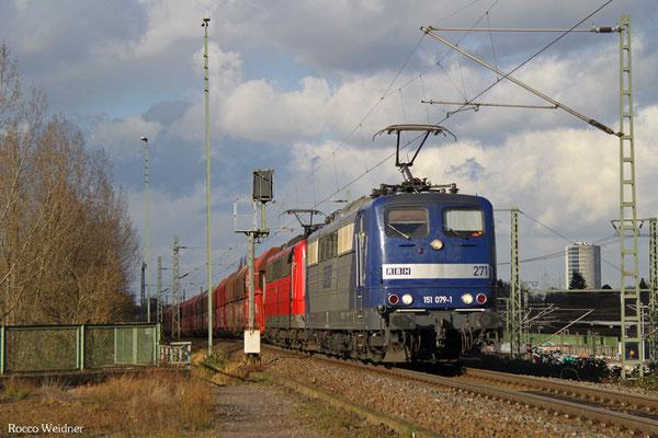 DT 151 079 + 151 147 mit GM 98584 Oberhausen West Orm - Ensdorf(Saar) (Sdl. Steinkohle in WP, ex. 48745), Gremberg 03.02.2016
