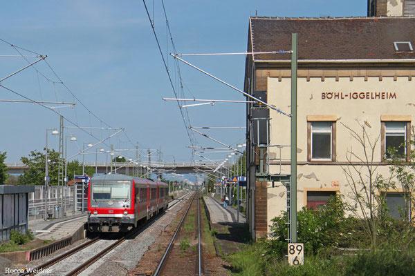 628 611 + 628 ... als RB 28048 Ludwigshafen(Rhein) BASF Nord - Neustadt(Weinstr)Hbf, Böhl-Iggelheim 15.05.2015