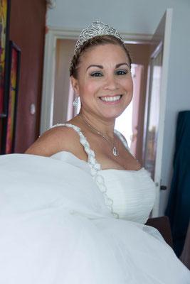 Bruid vertrekt van huis