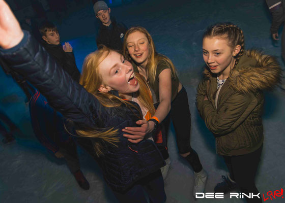 Under 18s Disco on Ice - Dee Rink Live