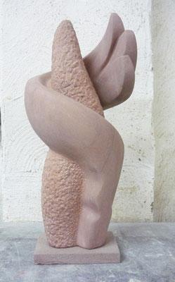 >Feuertänzerin<, Eifelsandstein, 2015, H 44 cm