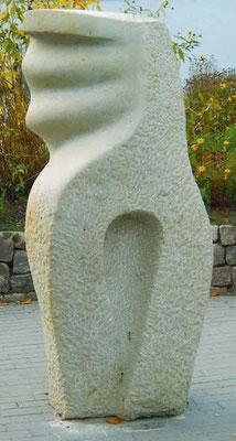 >Urkraft<, Reinhardstorfer Sandstein, 2004, H 180 cm