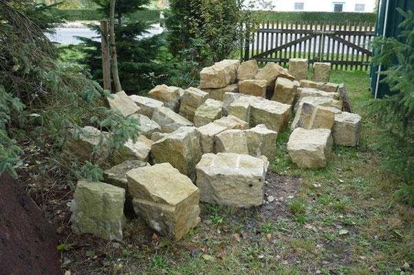 Anlieferung der Rohsteine